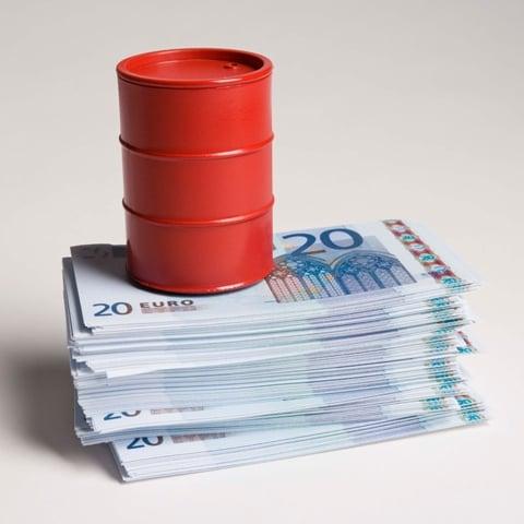 barril-y-dinero
