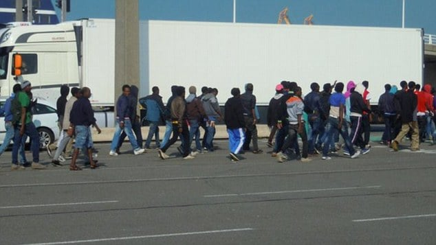 Calais_migrants_foiled_as