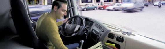 España baja la edad mínima para conducir camiones hasta los 18 años
