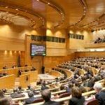 El senado insta al gobierno a aprobar medidas que mejoren el transporte en España