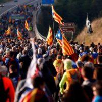 Convocada huelga general en Cataluña con más cortes en las carreteras