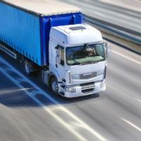 Francia levanta restricciones de tráfico pesado y más tiempos de conducción
